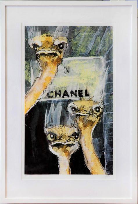 Must Have Chanel säljs på NOA Gallery.